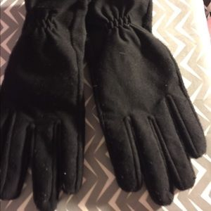 Isotoner Xl black gloves screen compatibility